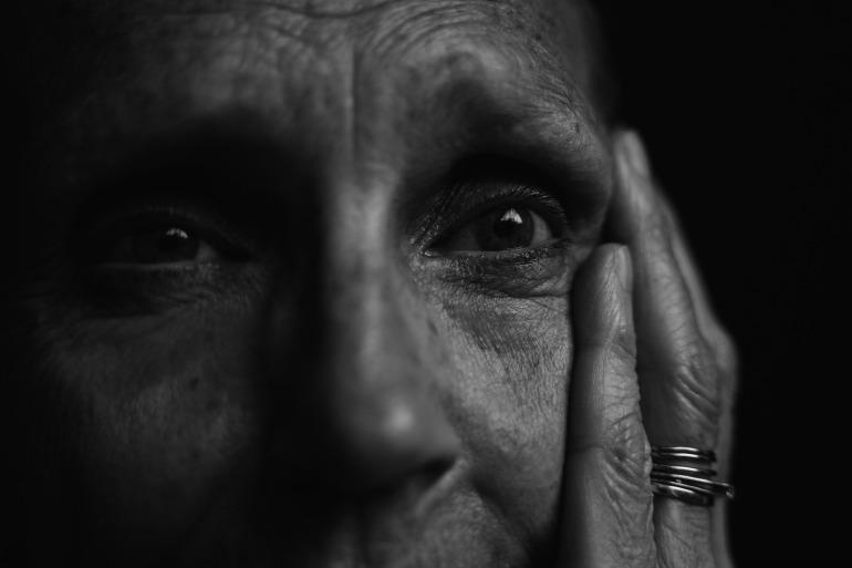 canva-monochrome-photo-of-old-person-MADyRQhNpZI